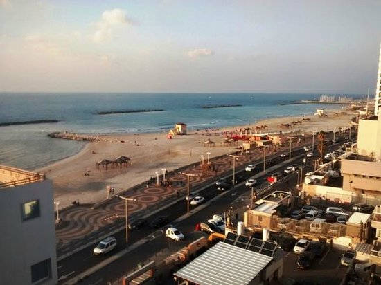 Sea Executive Suites: Telaviv beach view from the room window