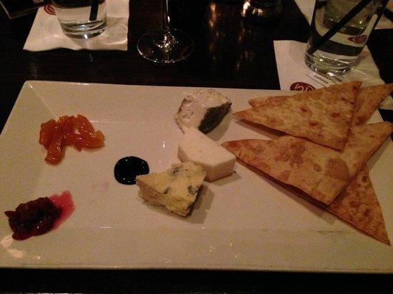 CIRCA at Dupont: Cheese Plate was sooooo delicious