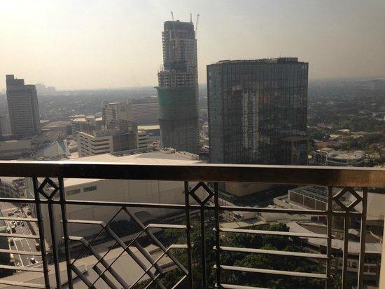 BSA Tower: Вид из окна