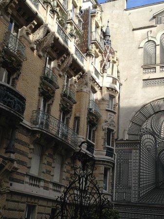 Romantic Opera: facade