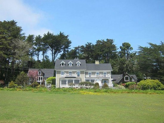 Glendeven Inn Mendocino: The entire estate from the llama pasture