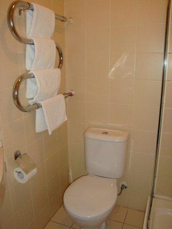 Rossiya Hotel: Ванная комната
