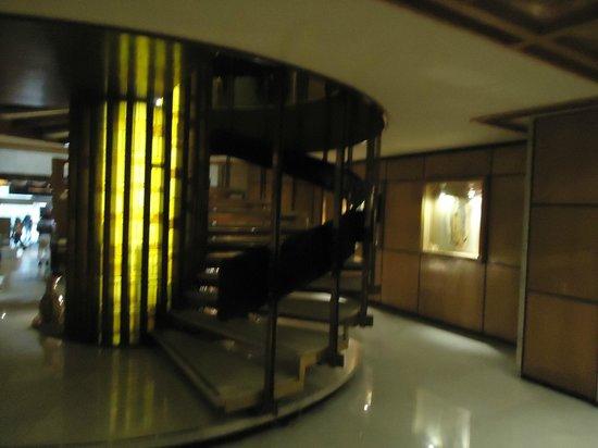 Hotel Casa Blanca Mexico City: detalhe da  escada