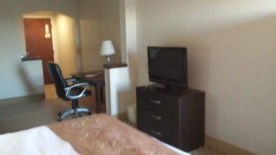 Comfort Suites : flatscreen