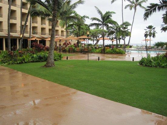 Courtyard Kaua'i at Coconut Beach: Lounge patio