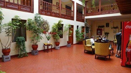 Siete Ventanas Hotel : The lobby