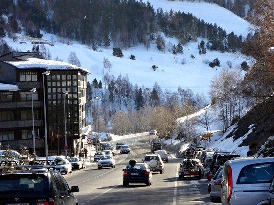 Grau Roig Andorra Boutique Hotel & Spa : По дороге к отелю