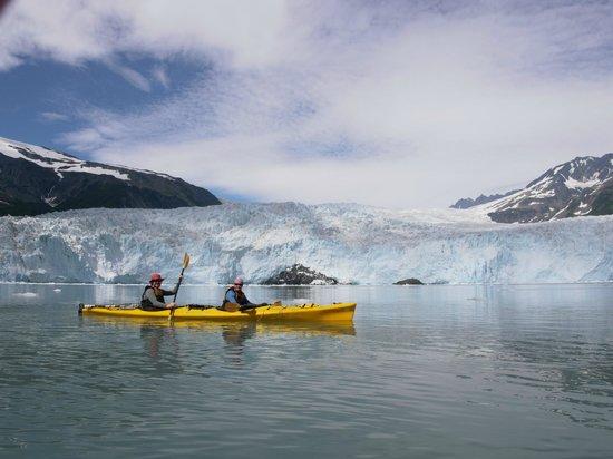 Kayak Adventures Worldwide: Plenty of time for posing