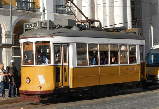Yellow Bus Tours Lisbon : One of the old trams