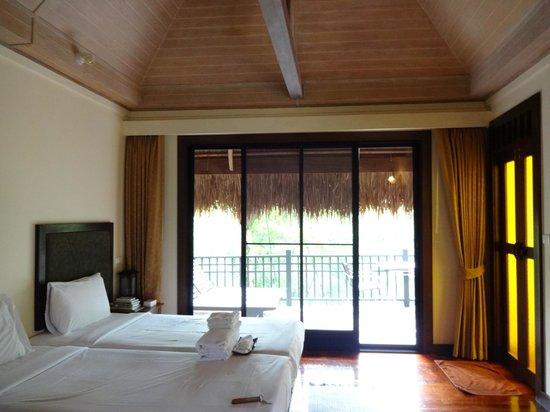 Rai Saeng Arun: Rooms