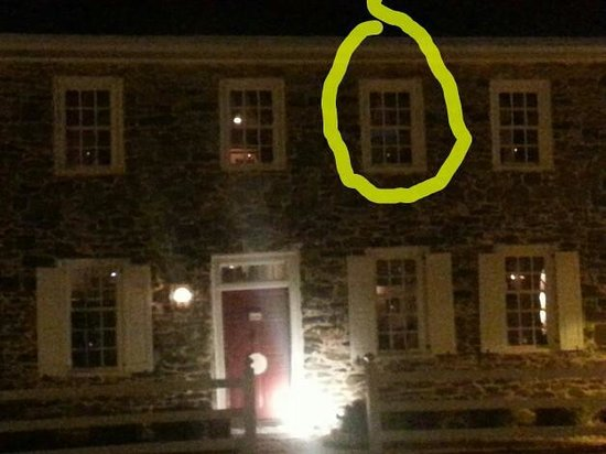 Haunted Gettysburg Tours Check Out The Man In Window This Was Taken By