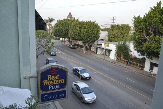 The Carlyle Inn: Vue sur le boulevard