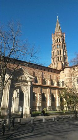 Basilique Saint-Sernin : Базилика