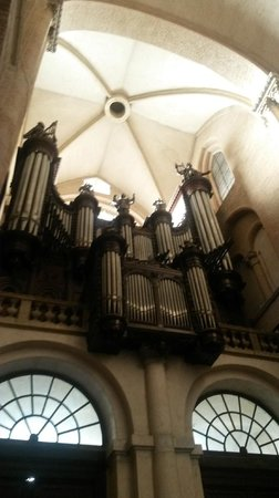 Basilique Saint-Sernin : Орган