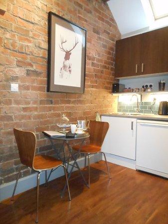Hayeswood Lodge Boutique Bed & Breakfast: Birch room's kitchenette