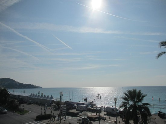 Mercure Nice Promenade des Anglais: View from our balcony