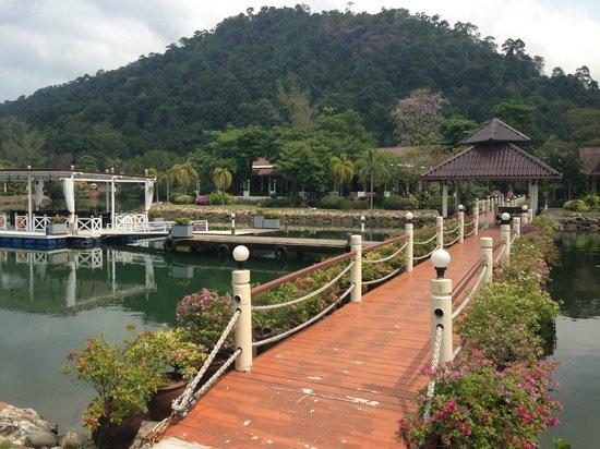 Klong Prao Resort Koh Chang : Bron över lagunen