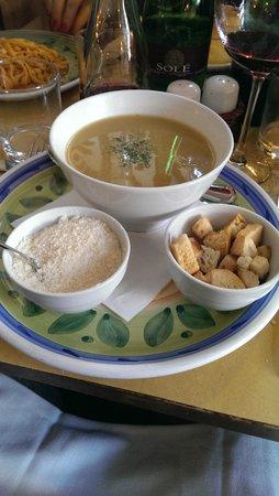 Osteria Il Ciottolo: Zuppa del giorno con crostini