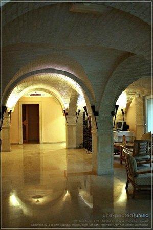 Hôtel Ras El Ain Tozeur : โถง