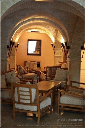 Hôtel Ras El Ain Tozeur : โถง lobby