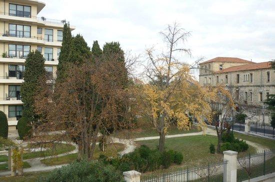 Hôtel de L'hôspitalet Saint Charles : Vue du balcon de la chambre