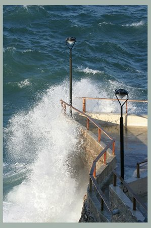 brise vague picture of la corniche marseille tripadvisor. Black Bedroom Furniture Sets. Home Design Ideas