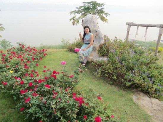 Chiangkhan River Mountian: Garden area