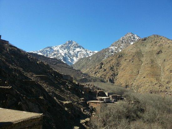 Le Village Du Toubkal : Vue de la valée