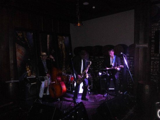 Hotel Muse Bangkok Langsuan - MGallery Collection: Jazz blues band - Excellent!