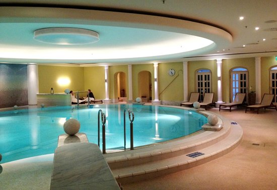 The Westin Grand Berlin: Pool and relax