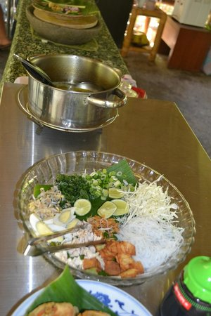 Sanur Beach Villas: Ingredients to prepare soup