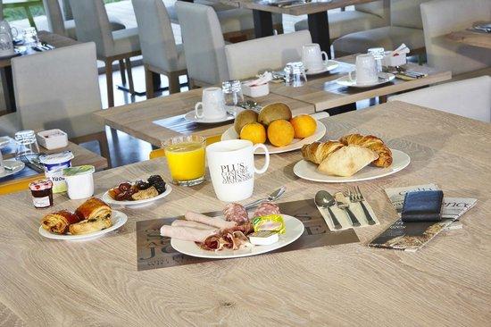 Kyriad Prestige Dijon Nord - Valmy : Petit Déjeuner