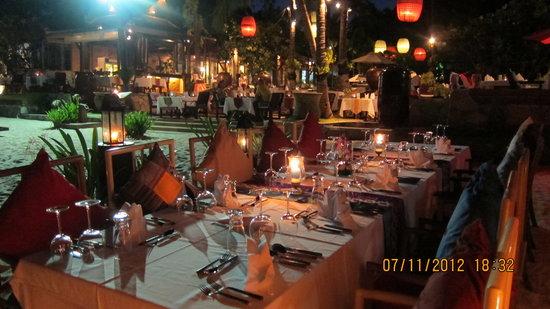 Eat Sense Beach Restaurant Samui : Dining high lights at Eat Sense Beach Restaurant.