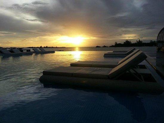 Mayan Islands Resort : Sunset