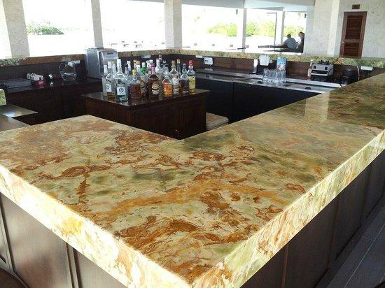 Mayan Islands Resort : Onyx Bar