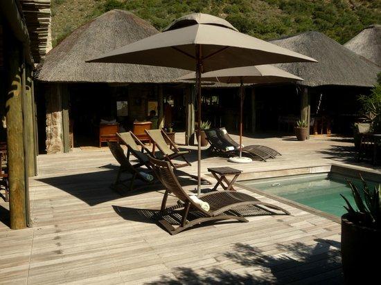 HillsNek Safaris, Amakhala Game Reserve : Accueil, lieu de détente et salle à manger
