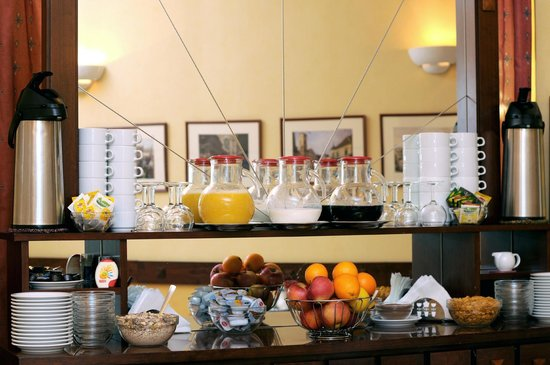 Leo Panzio Hotel: Breakfast room