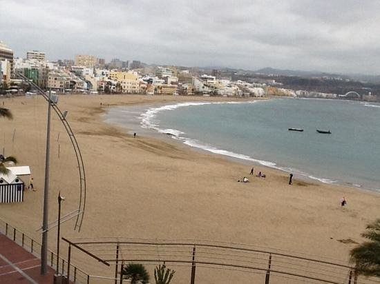 NH Imperial Playa: uitzicht vanaf balkon
