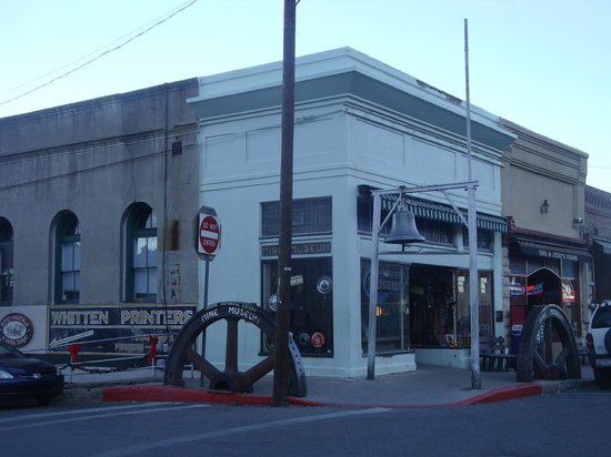 Jerome Chamber of Commerce: Mine Museum