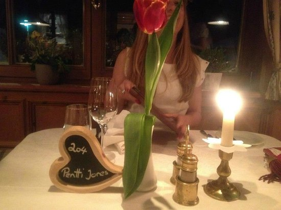 Genusshotel Das Sonnbichl: The personalised place settings hand made by their carpenter
