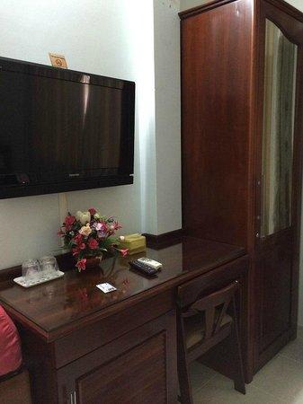 Ngoc Linh Hotel : room