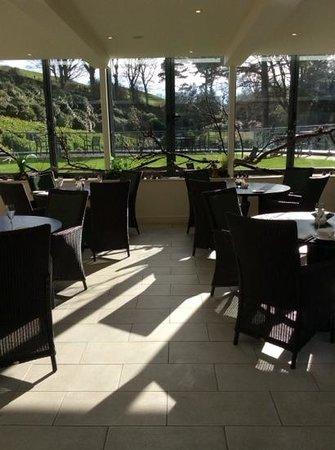 Raithwaite Estate: Conservatory where we ate breakfast