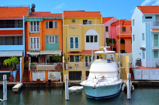 Park Royal Puerto Rico at Club Cala: Wonderful Colorful Harbor View From Balcony