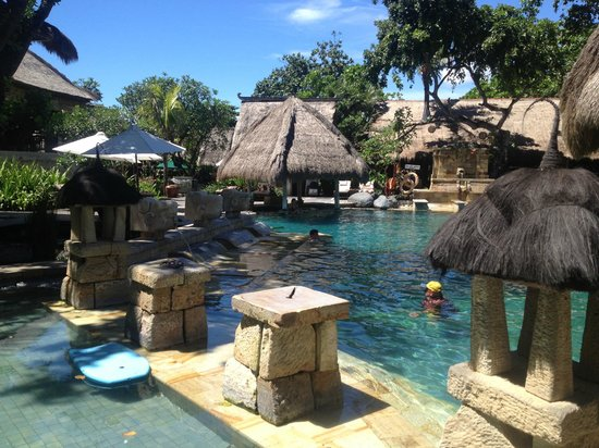 Novotel Bali Benoa: One of the lovely pools