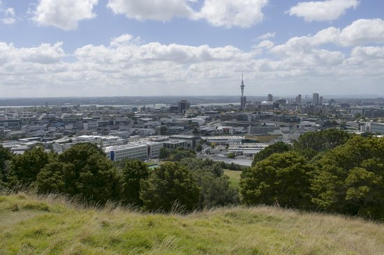 Mount Eden : View from the peak