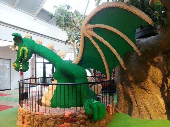 Hotel LEGOLAND: The lobby