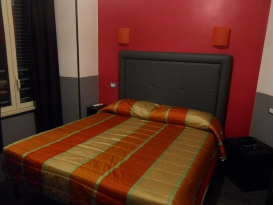 MF Hotel: chambre 27