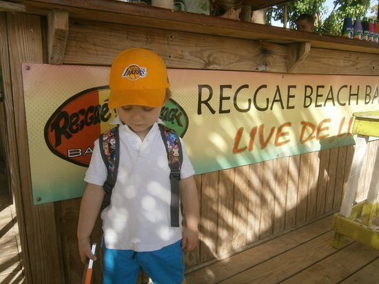 Grey's Island Excursions: Reggae Beach