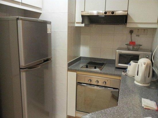 Somerset Bencoolen: Home feel kitchen