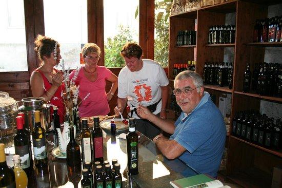 Frantoio Ferraro: Degustazione con i belgi